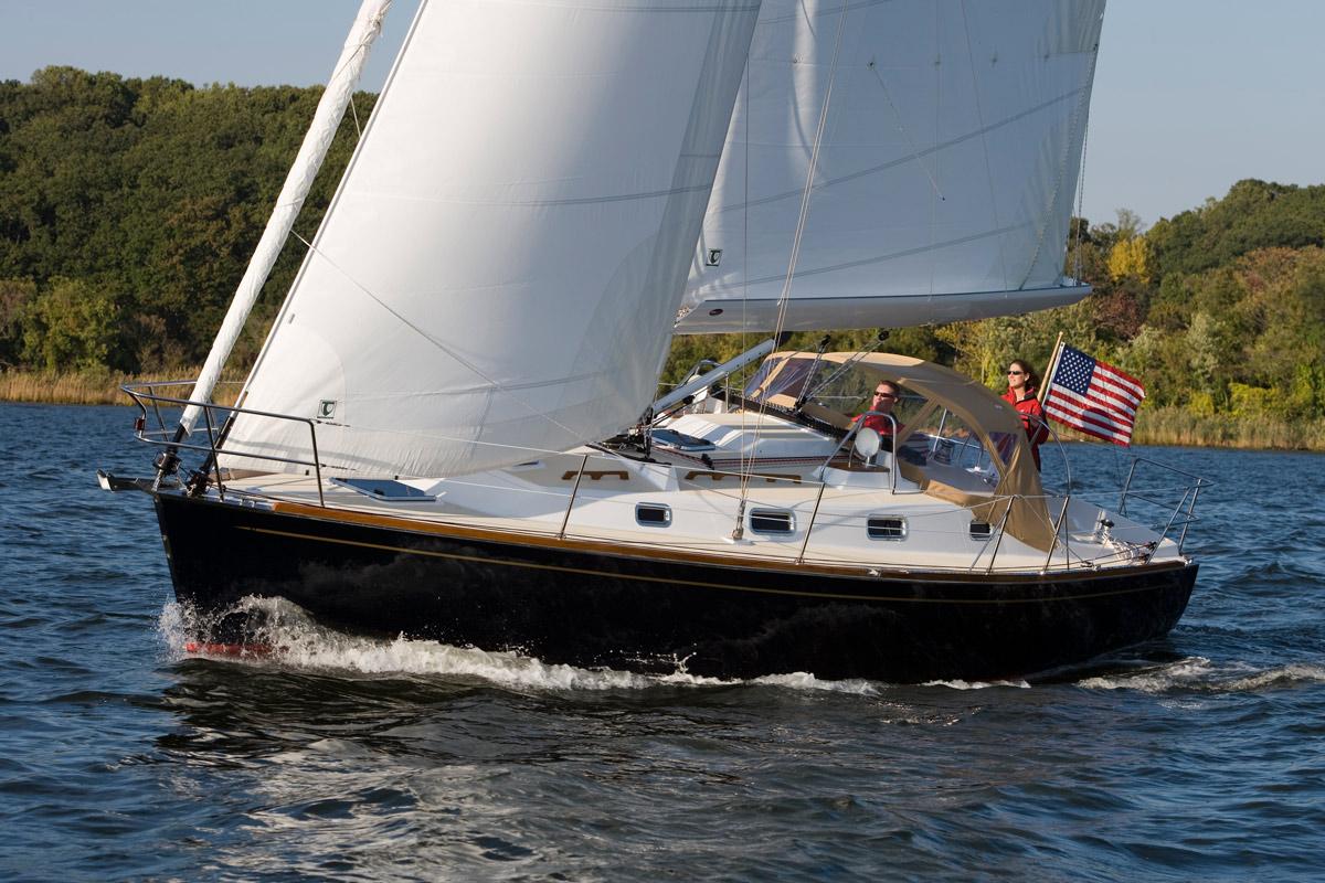 Tartan 345 Sailboat | Tartan Yachts