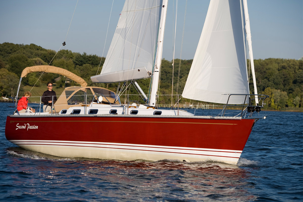 Tartan 3700 Sailing